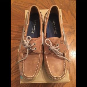 Men's Sperry boat shoes size 9